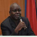 L'Ambassadeur Joseph Paré échange avec la communauté Burkinabè de Paris