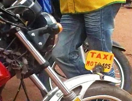 transport urbain fada n gourma adopte le taxi moto l 39 actualit du burkina faso 24h 24. Black Bedroom Furniture Sets. Home Design Ideas