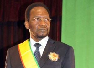 370973_le-president-malien-par-interim-dioncounda-traore-le-12-avril-2012-a-bamako