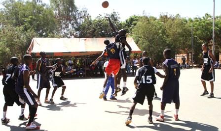 « Les gagnants ce sont les jeunes burkinabè. Ils ont compris qu'ils peuvent devenir des internationaux, espérer jouer en NBA en travaillant ». Sylvain Zingué