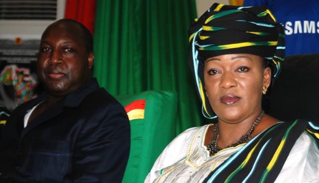 Saran Séré Sérémé, présidente du PDC, forte du soutien de Zéphirin Diabré, à ses côtés ce samedi 16 mars. Ph.B24