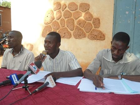 Patrice Zoehinga et ses collaborateurs ont fait l'examen de la situation dans les universités de Ouaga (Ph. B24)