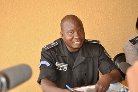 Le commissaire de Police Oumar Soulama, commandant de l'UIP-PN, a animé le point de presse du 5 avril 2013
