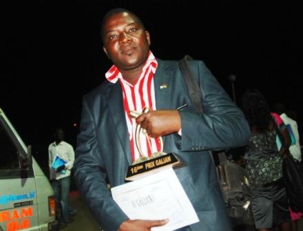 """Aristide Ouédraogo, reporter photographe aux Editions """"Le Pays"""", le """"sérial winner"""" des Galian (Ph : B24)"""