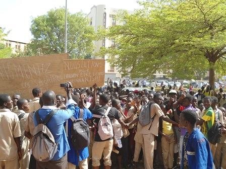 Les élèves ont décidé de lutter pour le bien-être de leurs enseignants (Ph. B 24)