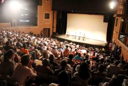 Le public à l'ouverture du festival. Ph. CDL