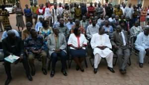 Quelques membres du gouvernement étaient présent à ce lancement. Photo.B24