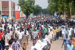 Les Ouagalais sont sortis nombreux pour dire non au sénat (Ph : B24)