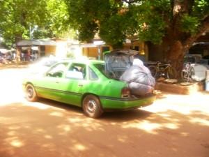Un taxi à Bobo, le 3 juillet 2013. Ph.B24