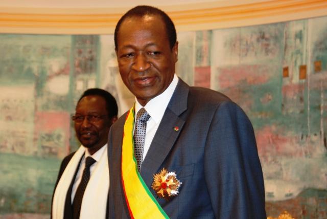 """Blaise Compaoré a été élevé au rang de """"Grand Croix de l'ordre national"""" du Mali (Ph: B24)"""