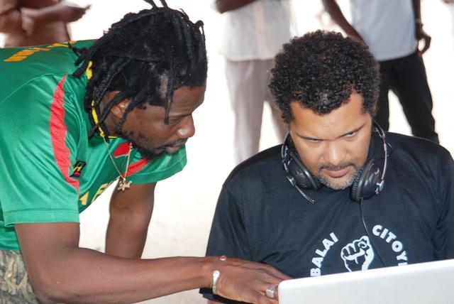 """Le Mouvement """"Le Balai Citoyen"""" veut mieux se structurer. SamsK Le Jah et Smockey, les fondateurs (Ph : B24)"""