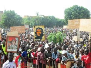 Image de Sankara à la manifestation contre le sénat le 28 juillet 2013. Ph.Sidwaya