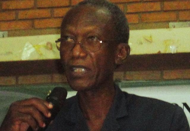 Chryzogone Zougmoré, président du MBDHP, le 17 août 2013 à Ouagadougou (Ph : B24)