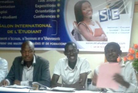 Les organisateurs du SIE face aux journalistes.
