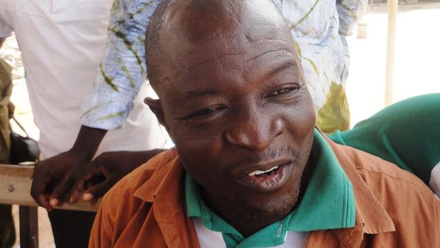 """Lazare Nikiéma, militant de l'arrondissement 4 : """"J'ai connu le premier emprisonnement de ma vie à cause de lui"""" (Ph : B24)"""