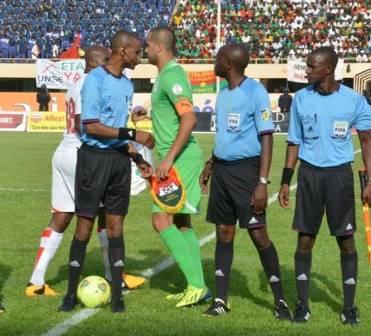 l'arbitre zambien Janny Zikazwé ne sera pas sanctionné © Burkina 24