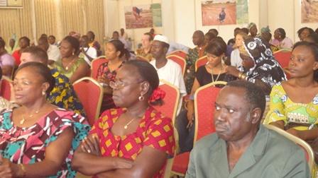 Les participants au forum ont formulé des doléances auprès du gouvernement (Ph:B24)