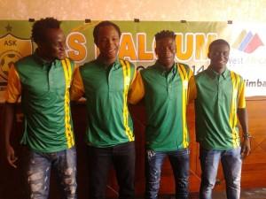 Soumaila Kaboré et Ladji Diarra (à droite) vont désormais évoluer avec l'AS Kaloum de Guinée