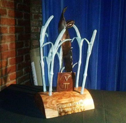 """Le trophée qui attend le lauréat du concours """"les Mils d'Or de Ouagadougou"""" au terme de la Semaine du Cinéma Scientifique"""