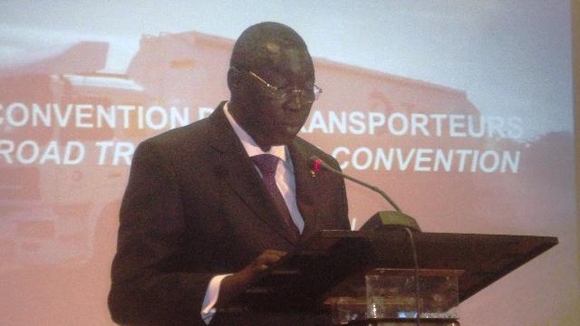 Le ministre burkinabè en charge des Transports, Jean Bertin Ouédraogo (Ph : B24)