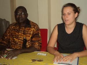 Le directeur exécutif du CIFOEB et l'assistante technique de la GIZ à la clôture de l'atelier de formation.