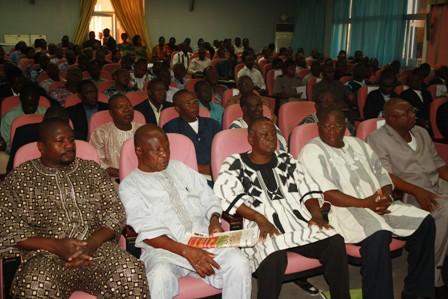 Une vue des participants à la rencontre Gouvernement/Syndicat. Ph. Evrard