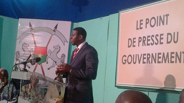 Alain Edouard Traoré au point de presse du gouvernement du 23 janvier 2014 (Ph : B24)