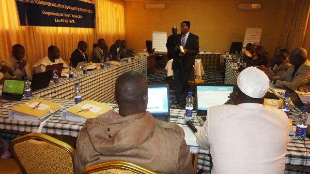 Les participants  à la session de formation pour le Niger et le Burkina (Ph : B24)