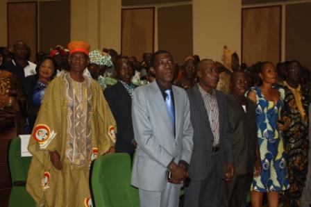 Les participants au meeting du 11 janvier 2014 à la Maison de la Culture à Bobo (Ph : L'Evènement)