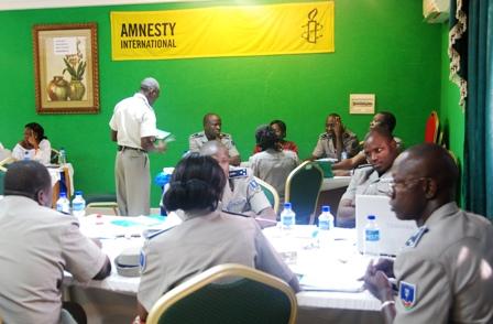 Les participants en travaux de groupe lors de l'atelier. © Burkina 24