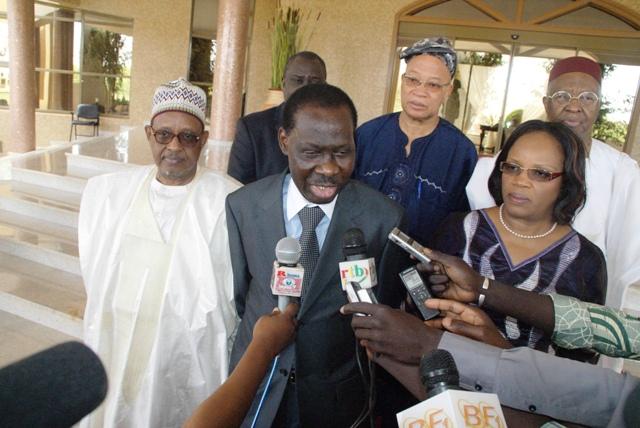 1-Les Médiateurs de l'AM- UEMOA avec à leur tête le président N'Golo Coulibaly ont été reçus par le président du Faso (Ph : B24)
