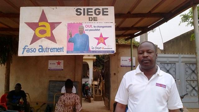 Oumar Sawadogo au siège de campagne du Faso Autrement, le 18 février 2014(Ph : B24)