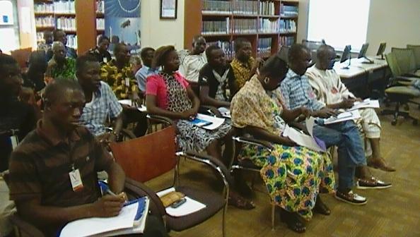 Une vue des participants à la conférence. Ph B24