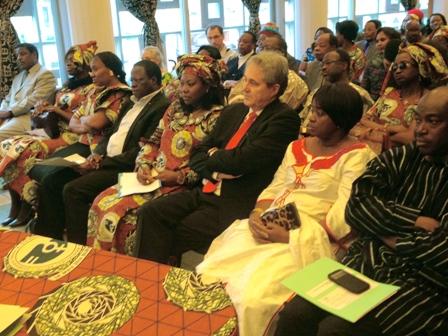 Une vue des participants à la conférence-débat. © BURKINA 24