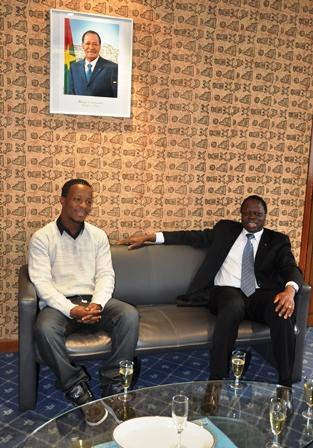 Smarty et l'Ambassadeur Tiaré