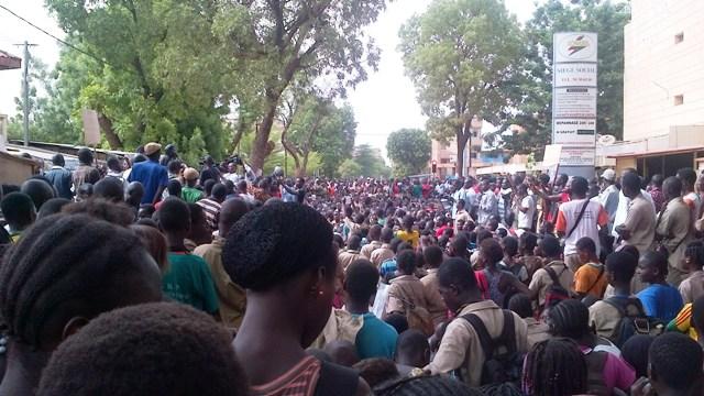 Sit-in Balai citoyen SONABEL
