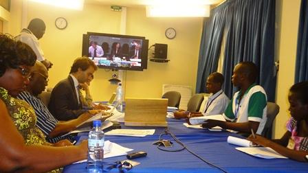 Les journalistes burkinabè, lors de la visioconférence ce lundi 07 avril 2014 au bureau de la BM à Ouaga.