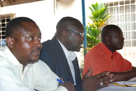 La la troïka  de la société civile composée du SPONG,  du CDCAP et du  CNOSC. © Burkina 24