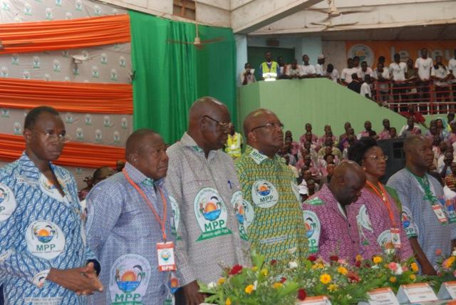 Des cadres du MPP à l'ouverture du premier congrès du parti, le 5 avril 2014 (Ph : B24)