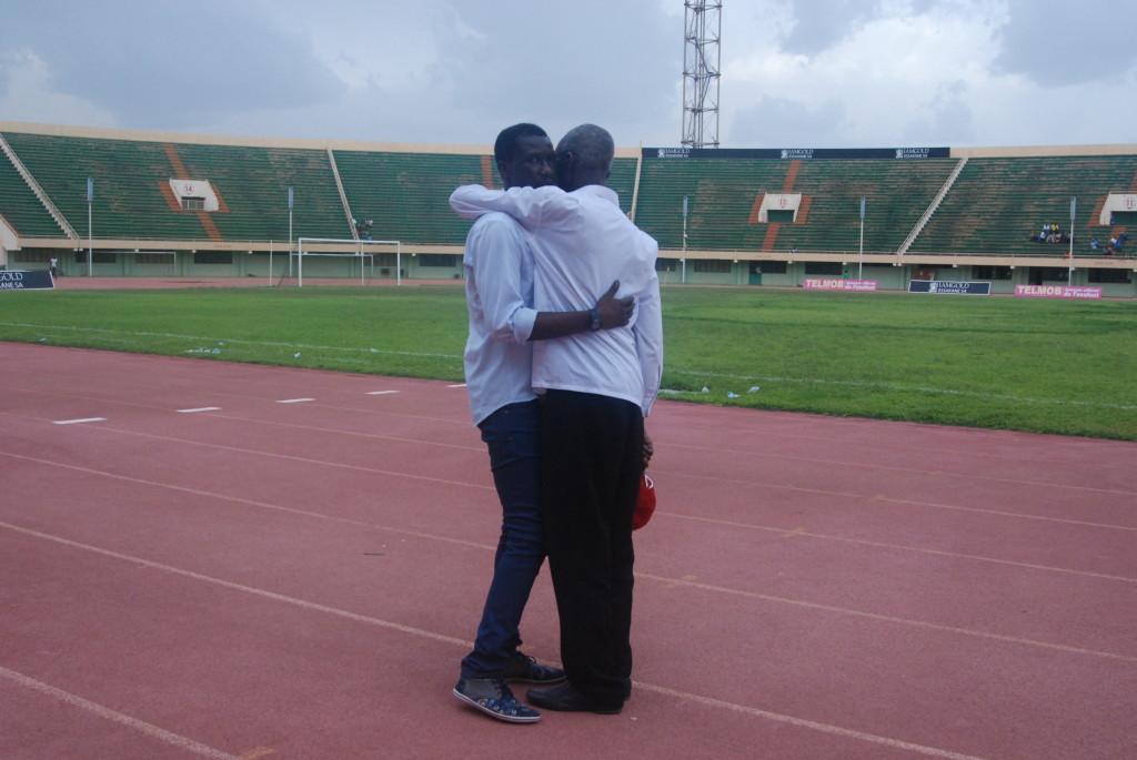 Mamadou Zongo est explosé sous la coupe de de Laurent Kipré (à droite)