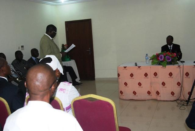 Le délégué des Burkinabè vivant en Guinée pendant son mot de bienvenu (© Burkina24)