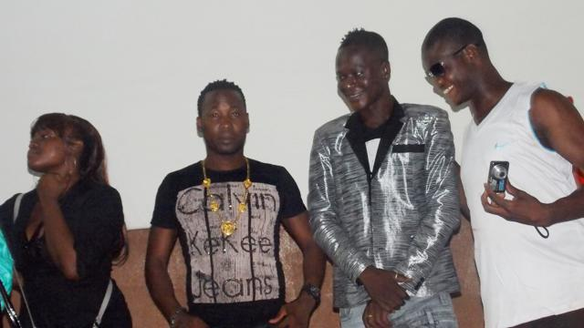 Dez Altino et Floby jouent dans ce film d'Olukunga (© Burkina 24)