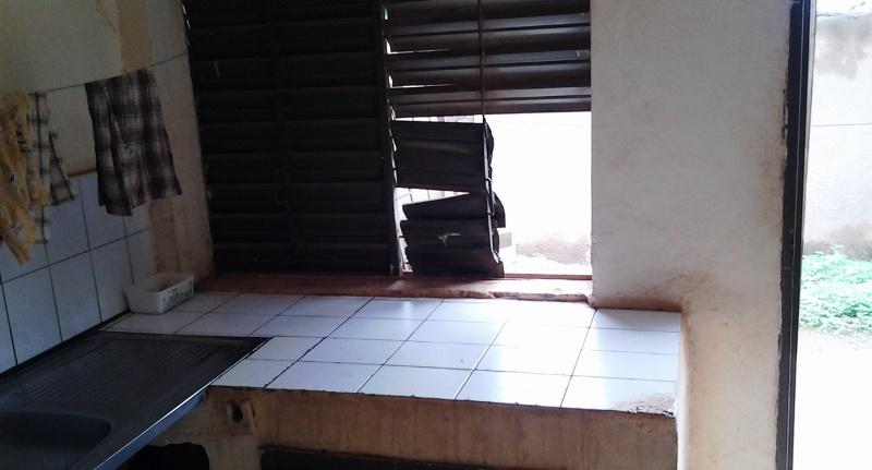 La fenêtre de la cuisine a été cisaillée (© DR)
