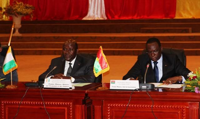 Les deux Premiers ministres ont présidé le conseil conjoint de gouvernements (© Burkina 24)