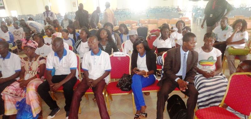 Les jeunes sont restés attentifs à la conférence sur le thème de leur journée (© Burkina 24)