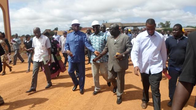 Le Premier ministre a visité le chantier © Burkina 24)