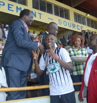 Banou Diawara est le meilleur footballeur 2014 selon l'Association des journalistes sportifs du Burkina