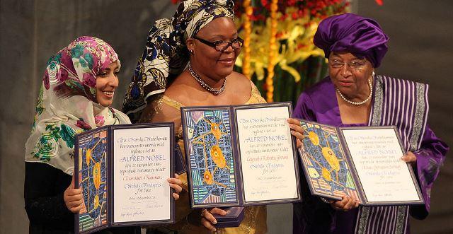 De-gauche-à-droite-la-Yeminite-Tawakkul-Karman-Leymah-Gbowee-et-Ellen-Johnson-Sirleaf.jpg