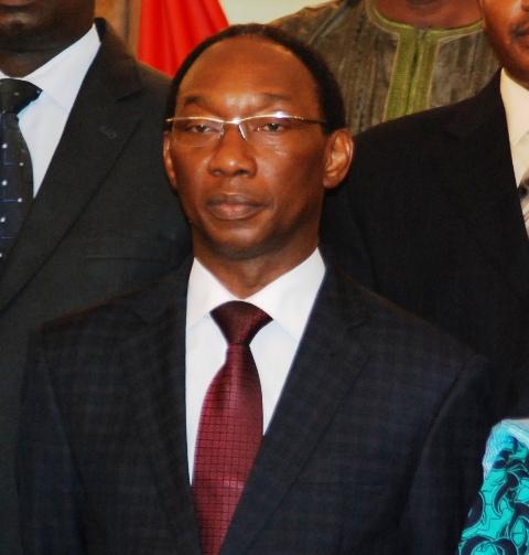 Auguste Denise Barry, ministre de l'Administration territoriale