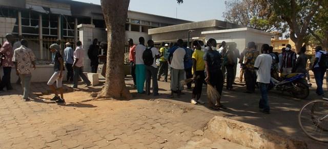 Nettoyage à l'Assemblée nationale (© Burkina 24)